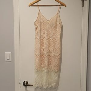 Forever 21 midi lace dress